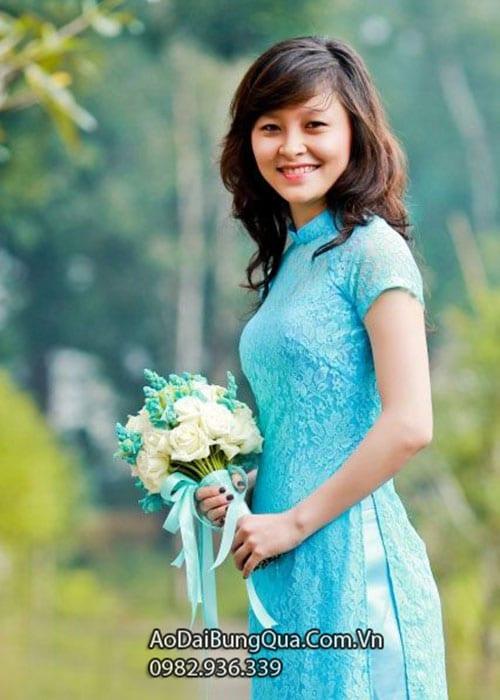 Áo dài xanh dương ren hoa tay ngắn lót ngực