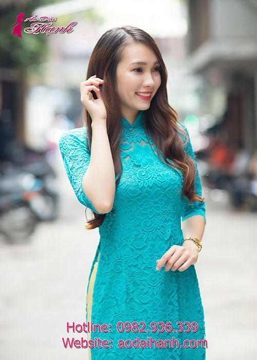 Áo dài xanh lý ren hoa cổ truyền thống tay lỡ cúp ngực