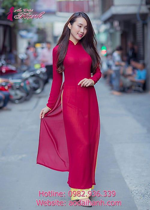 Áo dài đỏ đô chiffon cổ truyền thống viền vàng tay dài