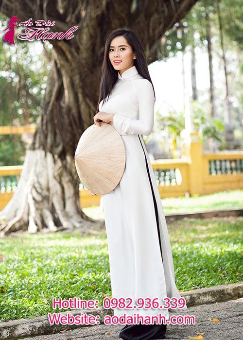 Áo dài trắng chiffon trơn cổ truyền thống tay dài