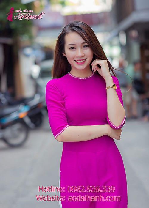 Áo dài hồng sen chiffon trơn viền ngọc trai cổ tròn tay lỡ
