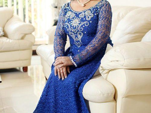 Áo dài trung niên – những mẫu áo dài cho mẹ cô dâu chú rể